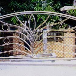 Stainless Steel '304' Balcony Railing (Curve) SSR 08
